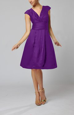 Dark Purple Elegant A-line Short Sleeve Taffeta Knee Length Pleated Bridesmaid Dresses