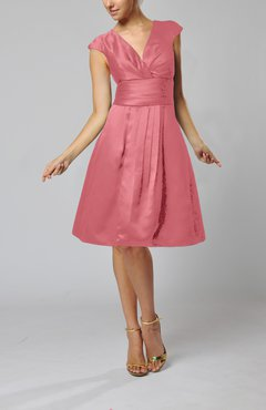 Magenta Elegant A-line Short Sleeve Taffeta Knee Length Pleated Bridesmaid Dresses