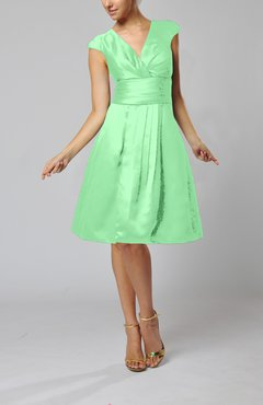Mint Green Elegant A-line Short Sleeve Taffeta Knee Length Pleated Bridesmaid Dresses