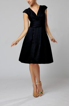 Navy Blue Elegant A-line Short Sleeve Taffeta Knee Length Pleated Bridesmaid Dresses