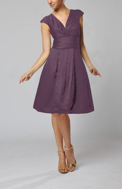 Plum Elegant A-line Short Sleeve Taffeta Knee Length Pleated Bridesmaid Dresses
