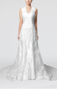 White Gorgeous Outdoor Column Scalloped Edge Sleeveless Lace up Beaded Bridal Gowns