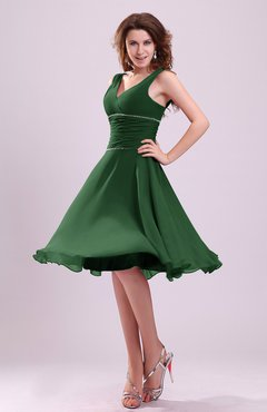 Hunter Green Cute A-line Sleeveless Chiffon Knee Length Ruching Bridesmaid Dresses