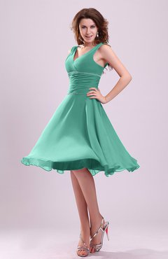 Mint Green Cute A-line Sleeveless Chiffon Knee Length Ruching Bridesmaid Dresses