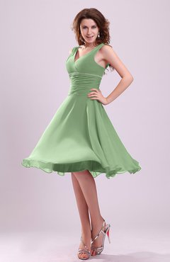 Sage Green Cute A-line Sleeveless Chiffon Knee Length Ruching Bridesmaid Dresses