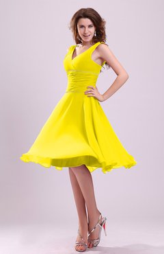 Yellow Cute A-line Sleeveless Chiffon Knee Length Ruching Bridesmaid Dresses