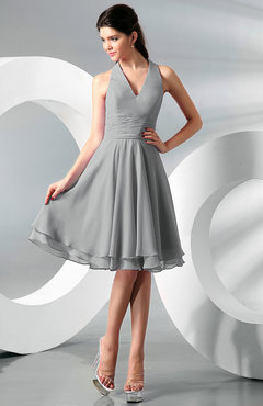 Platinum Simple A-line Halter Zip up Chiffon Bridesmaid Dresses
