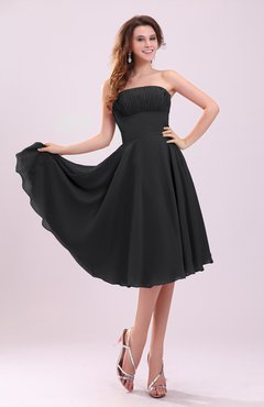 Black Simple A-line Sleeveless Backless Pleated Wedding Guest Dresses