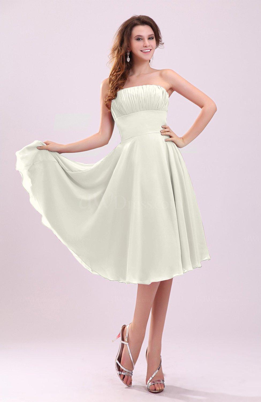 Cream simple a line sleeveless backless pleated wedding for Simple cream wedding dresses