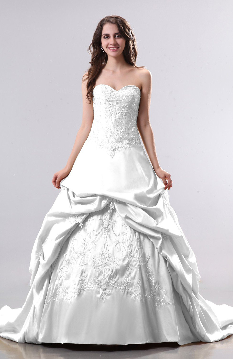 White Antique Hall Princess Sweetheart Sleeveless Chapel Train Pick Up Bridal Gowns