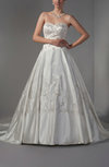 Fairytale Outdoor Princess Sweetheart Sleeveless Satin Beaded Bridal Gowns