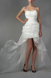 Modern Hall Sweetheart Backless Organza Brush Train Bridal Gowns
