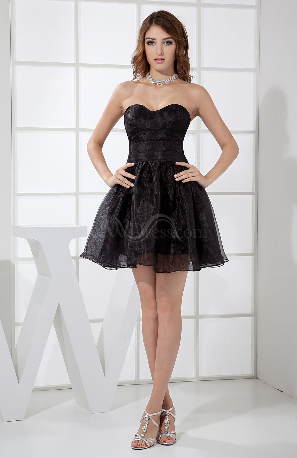 Black plain a line sweetheart satin mini cocktail dresses for Little black wedding dress