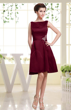 Burgundy Plain Sabrina Sleeveless Zipper Knee Length Rhinestone Bridesmaid Dresses