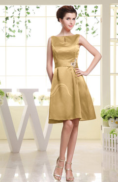Gold Plain Sabrina Sleeveless Zipper Knee Length Rhinestone Bridesmaid Dresses