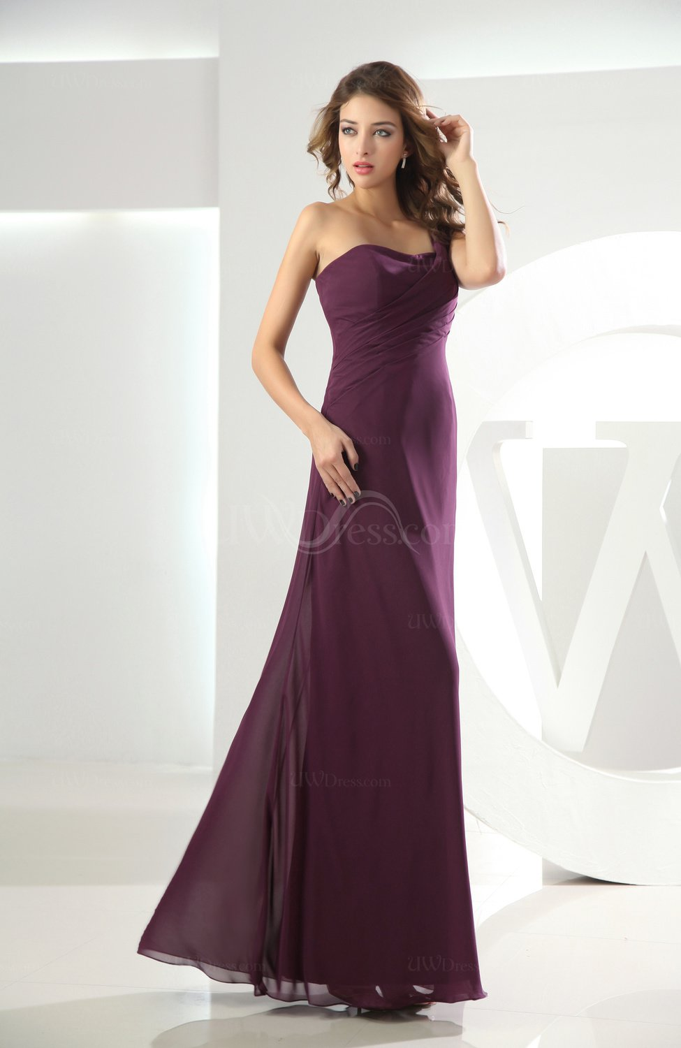 Plum plain one shoulder sleeveless backless chiffon floor for Mid length wedding dress