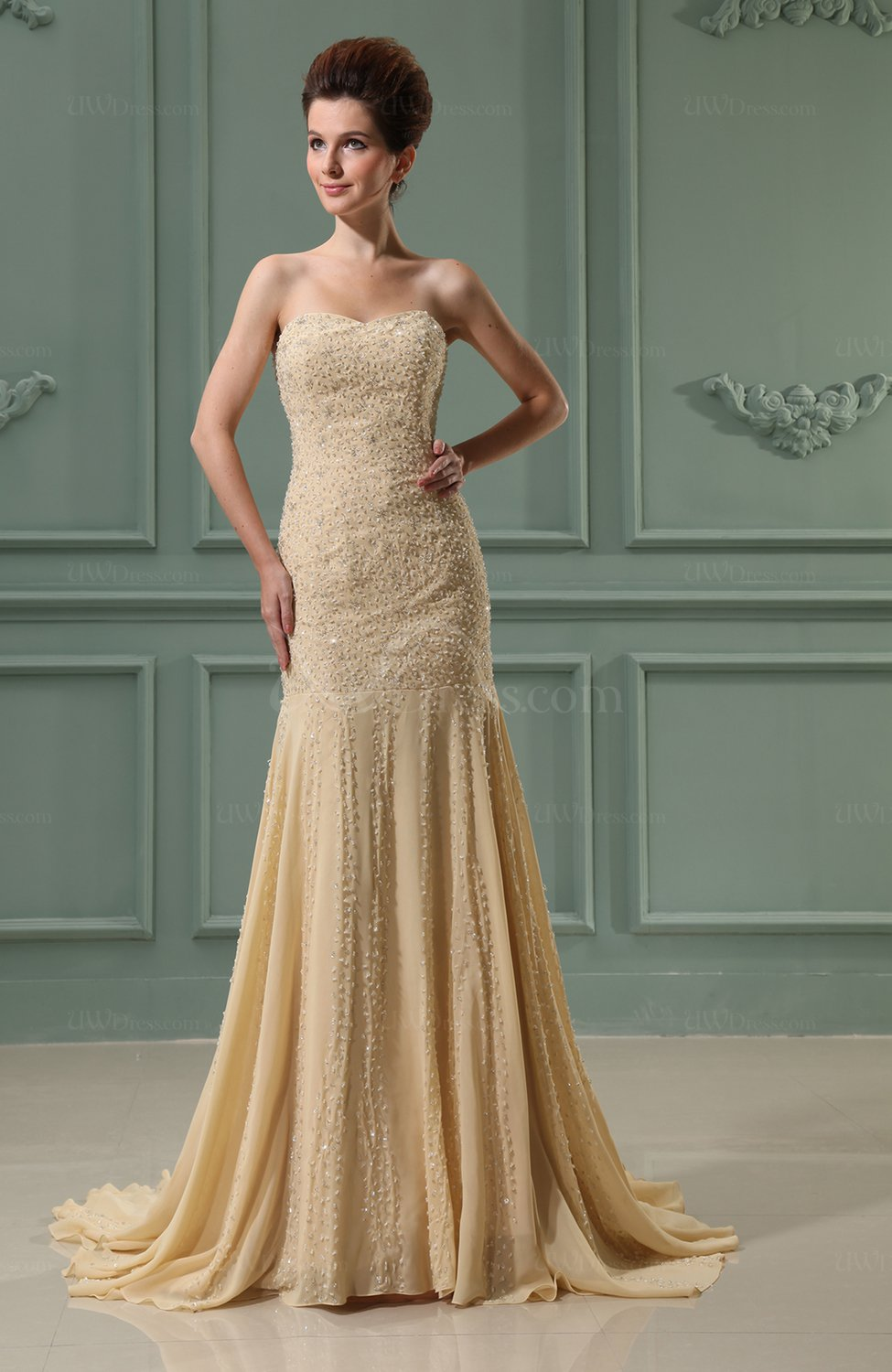 Gorgeous outdoor fit n flare sweetheart sleeveless chiffon for Chapel train wedding dress