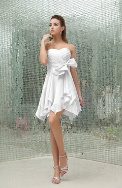 White Plain A-line Sweetheart Zipper Mini Ruffles Bridesmaid Dresses