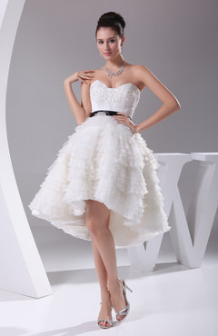 Elegant Garden Sweetheart Sleeveless Organza Ribbon Bridal Gowns