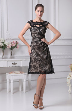 Elegant Scalloped Edge Sleeveless Knee Length Lace Bridesmaid Dresses