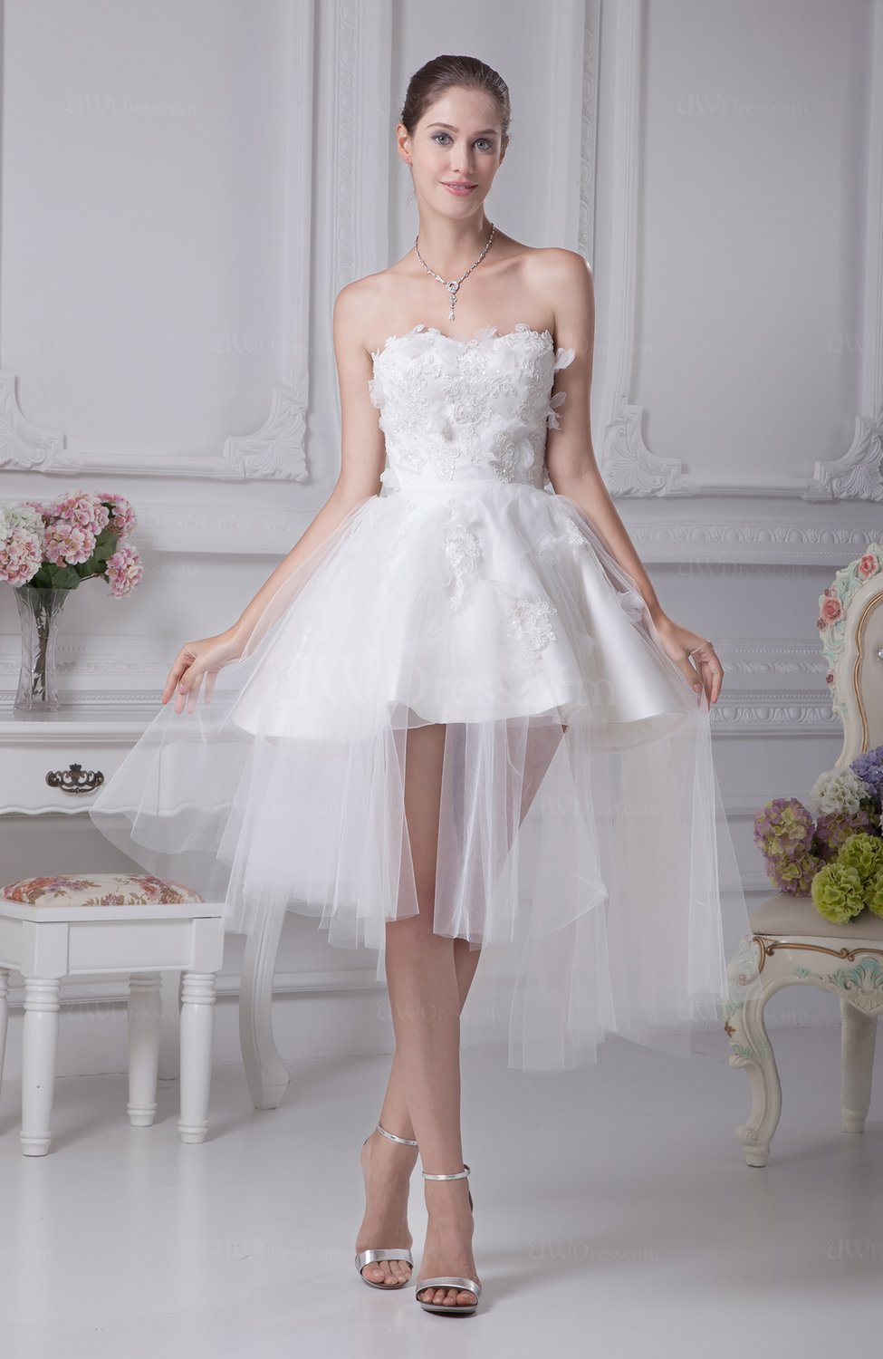 Cute beach baby doll sweetheart sleeveless zip up bridal for Baby doll style wedding dress