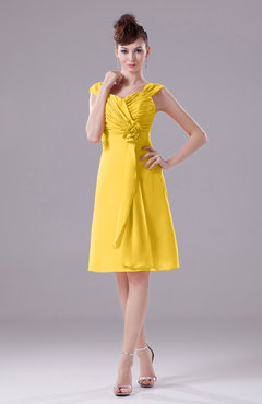 Yellow Elegant A-line Thick Straps Chiffon Knee Length Party Dresses