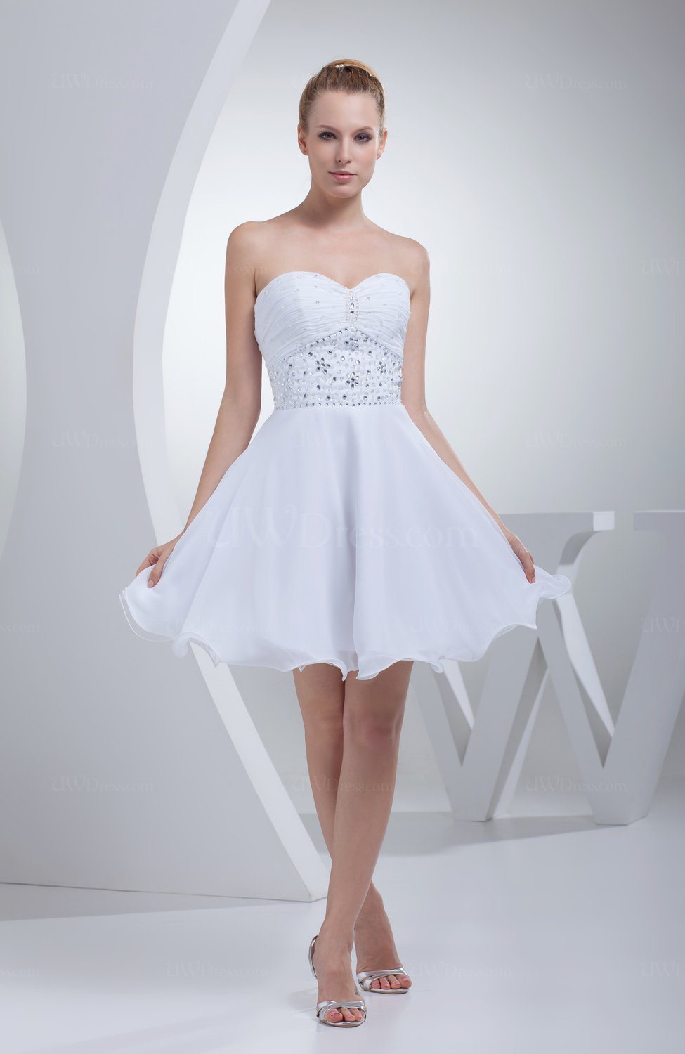 White cute sweetheart sleeveless zip up chiffon short prom for Cute short white wedding dresses
