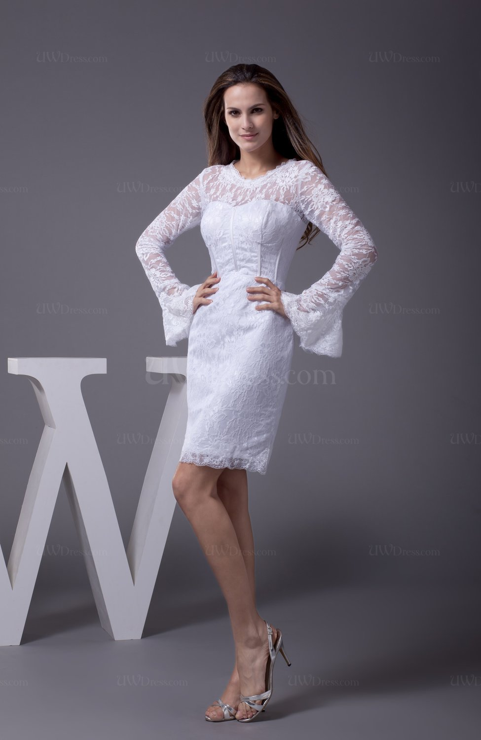 Casual garden long sleeve zip up lace bridal gowns for Long sleeve casual wedding dresses