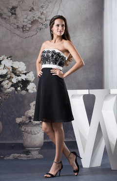 Black Plain A-line Strapless Knee Length Sash Homecoming Dresses