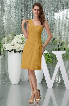 Gold Elegant Sheath Sleeveless Zipper Knee Length Ruching Party Dresses