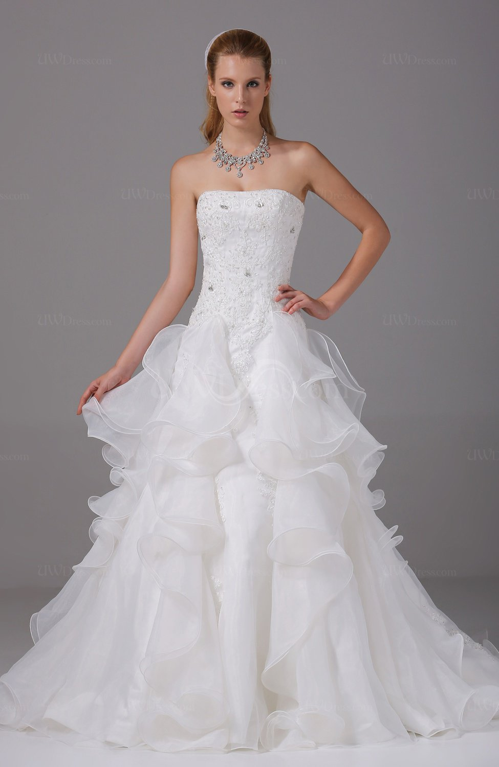 Gorgeous outdoor strapless sleeveless backless organza for Strapless and backless wedding dress
