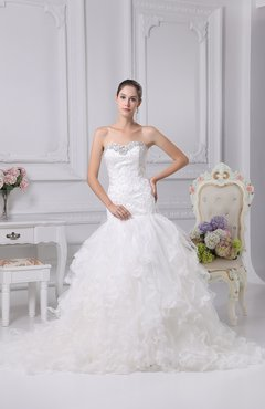 Glamorous Church Fit-n-Flare Sleeveless Backless Court Train Bridal Gowns
