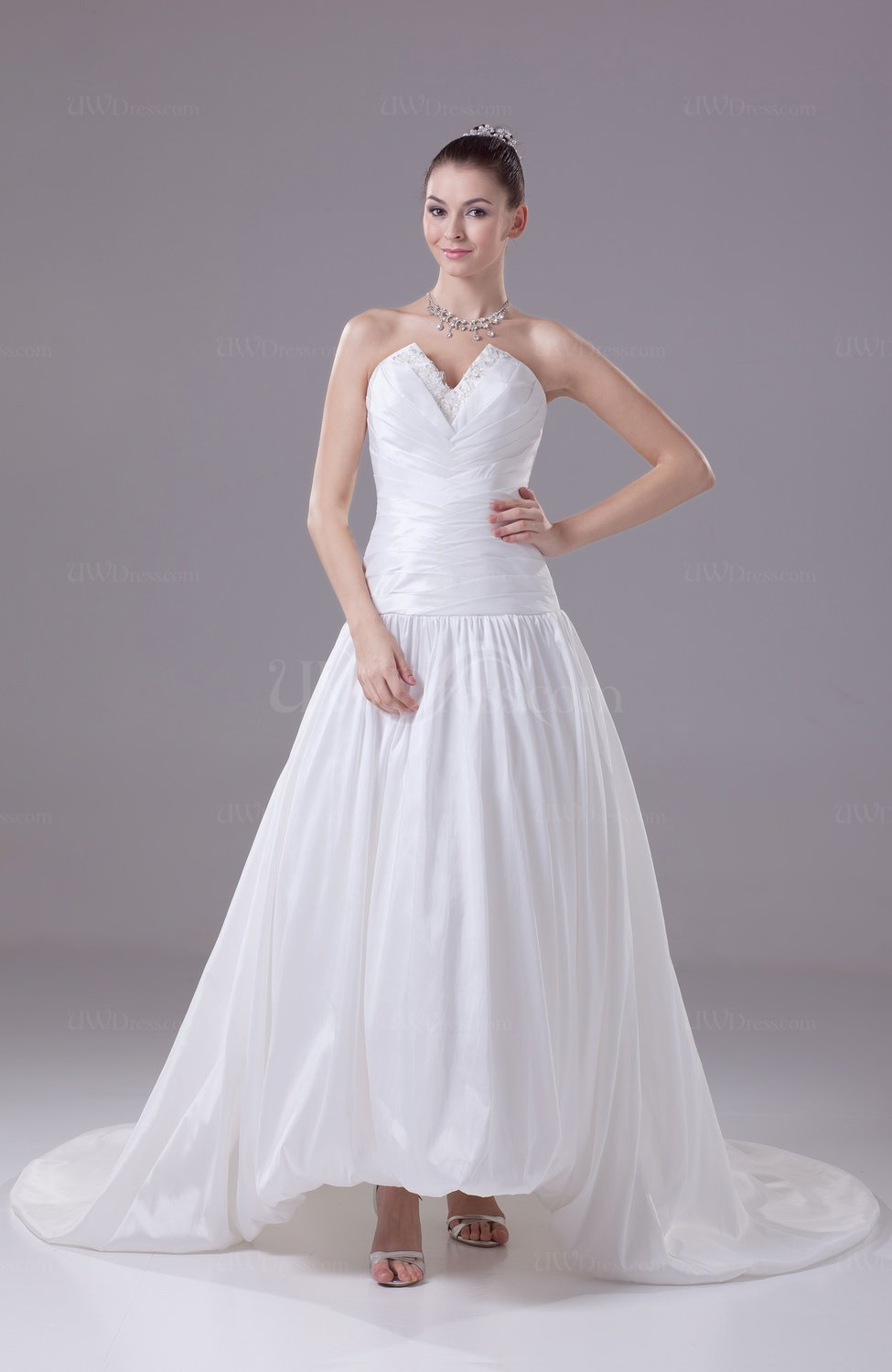 White classic garden a line sleeveless backless ruching for A line wedding dress with ruching