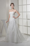 Elegant Garden A-line Sweetheart Sleeveless Chapel Train Bridal Gowns