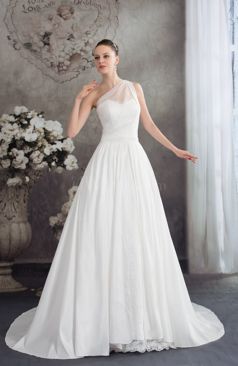 White traditional outdoor a line sleeveless half backless for A line taffeta wedding dress