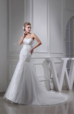 Elegant Hall Fit-n-Flare Spaghetti Sleeveless Chapel Train Bridal Gowns