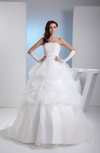 Romantic Hall Ball Gown Sleeveless Backless Beaded Bridal Gowns