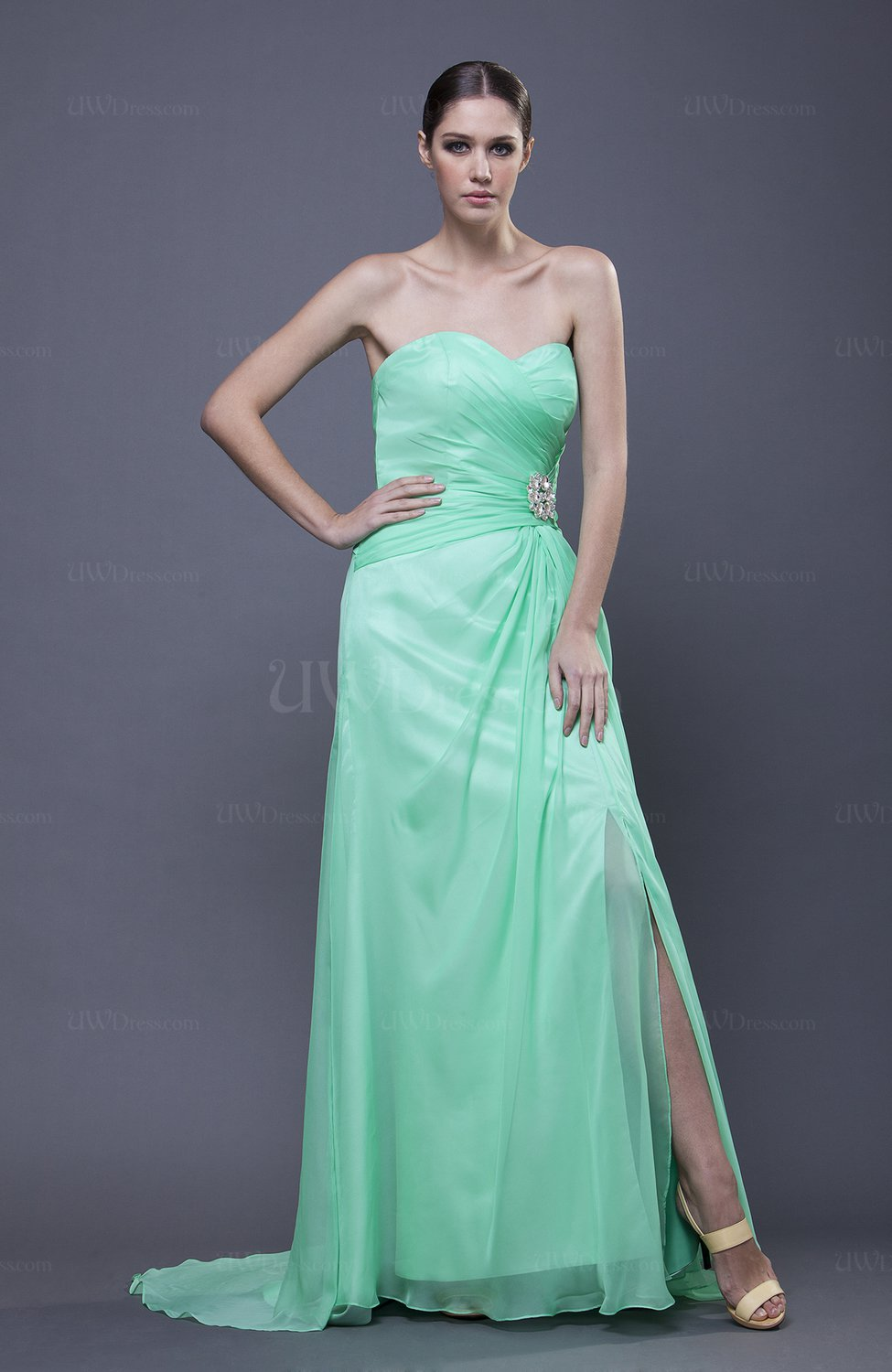 Elegant sweetheart sleeveless backless wedding guest for Backless wedding guest dresses