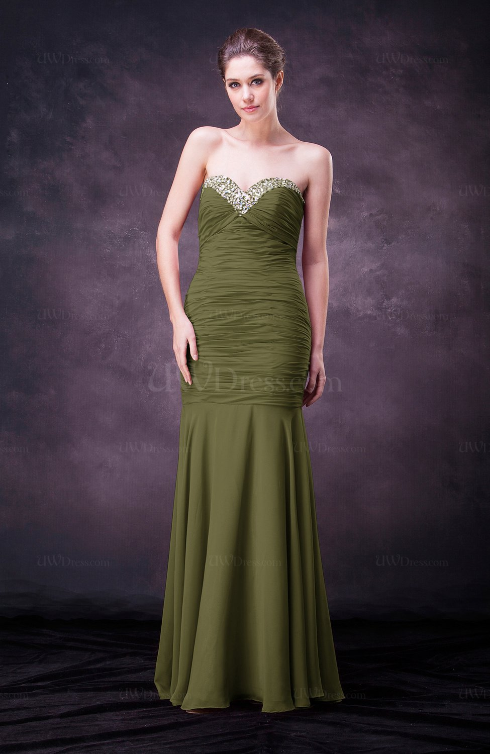 Olive green sexy sheath sweetheart sleeveless floor length for Sexy dresses for wedding guests