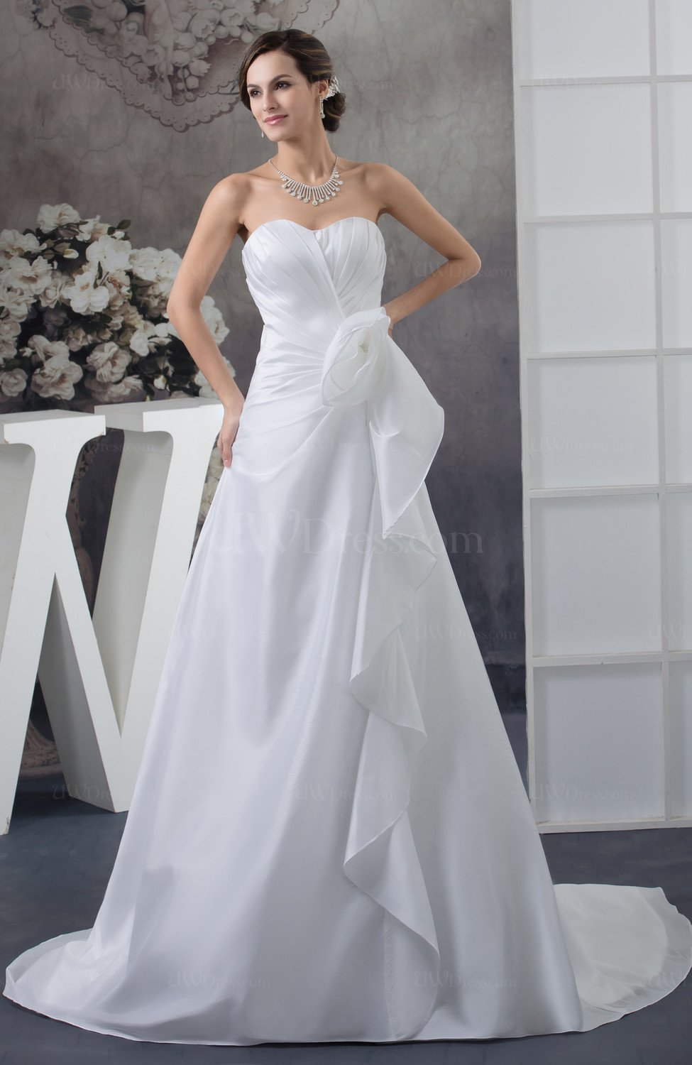 White allure bridal gowns inexpensive formal winter for Cheap allure wedding dresses