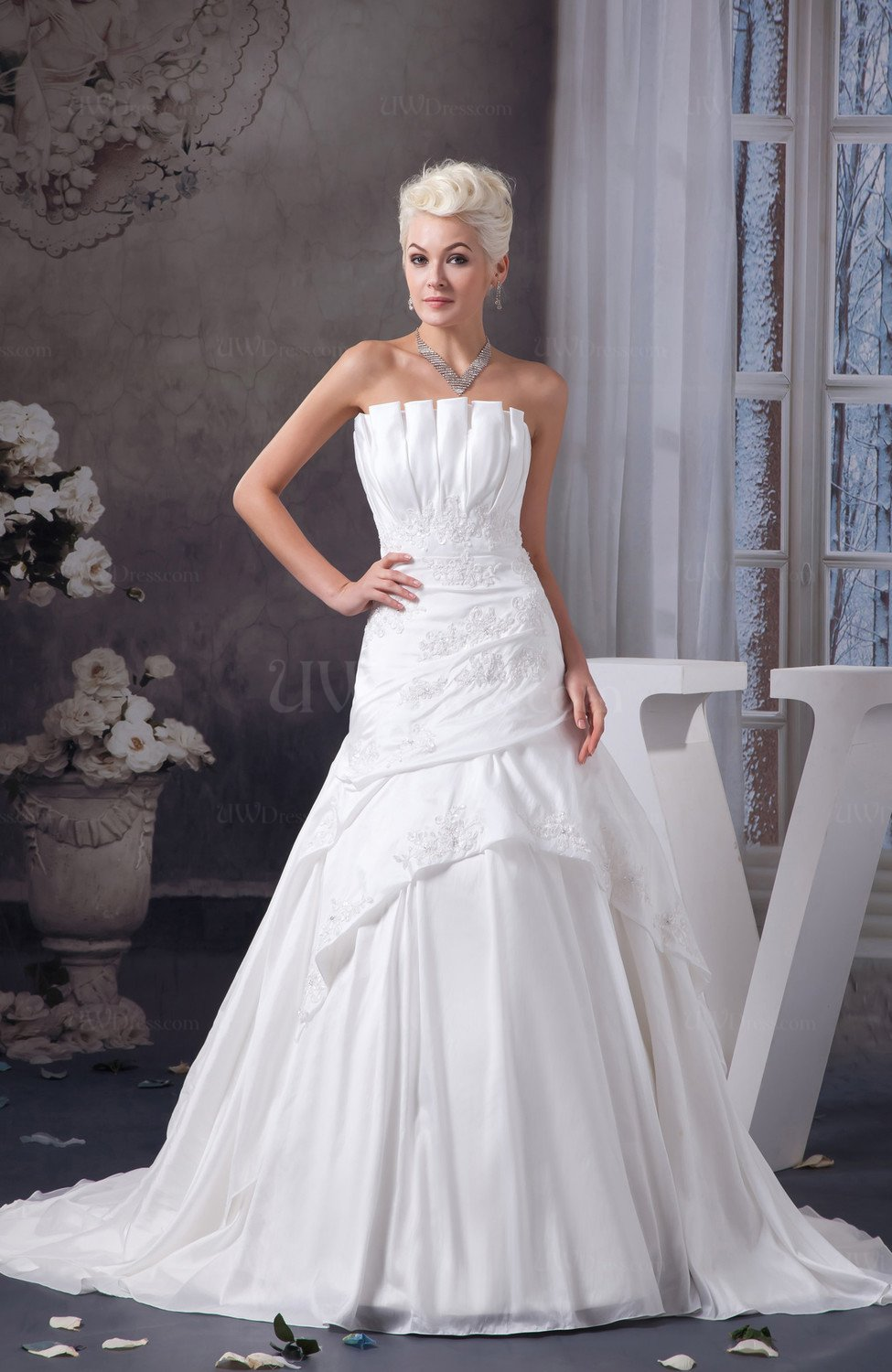 White Allure Bridal Gowns Sexy Plus Size Summer Formal
