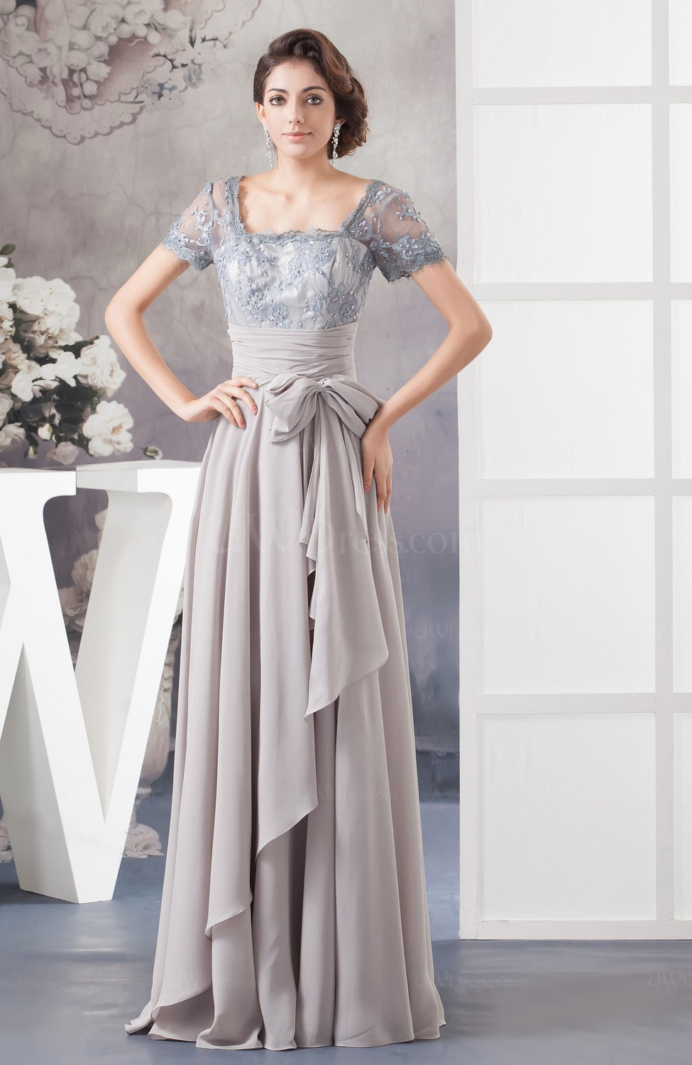 Lace Evening Dress with Sleeves Classy Chic Amazing Glamorous Fall ...