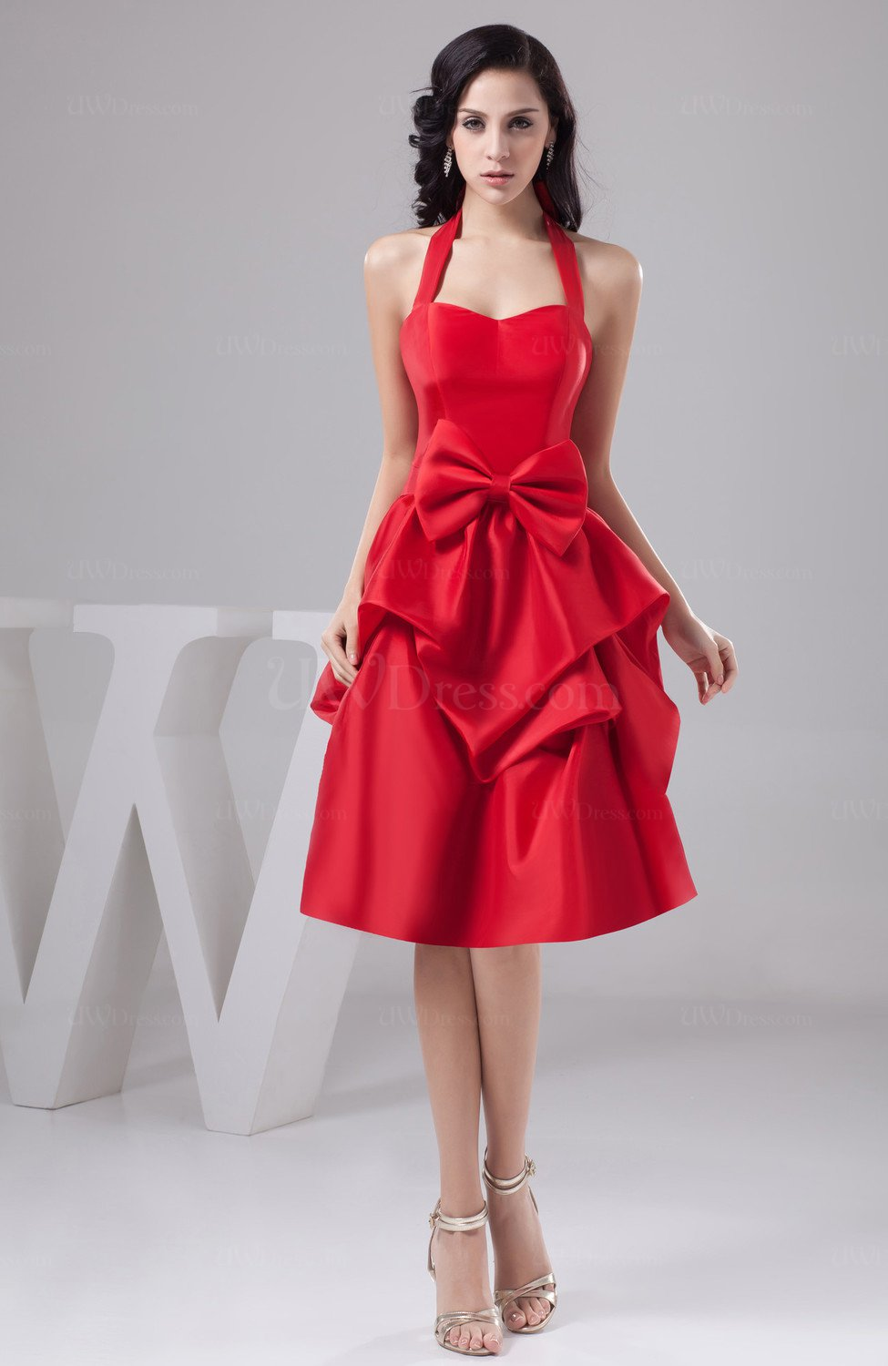 Red Inexpensive Prom Dress Short Hourglass Petite Formal Spring Semi ...