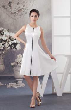 White Short Bridesmaid Dress Inexpensive Fall Spring Garden Outdoor Knee Length