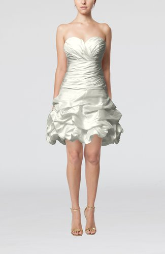 Cute Hall A-line Sleeveless Taffeta Short Pick up Bridal Gowns