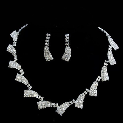 Anniversary Chain Necklaces Claw Chains Shining Jewelry Sets