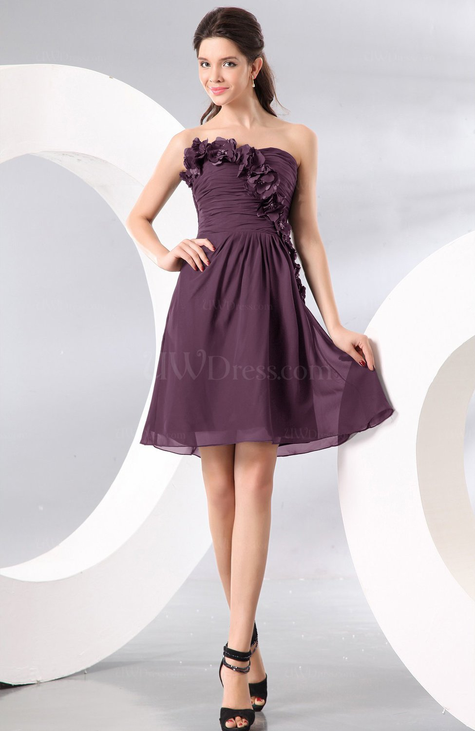0c0fae018a6 Plum Plain A-line Strapless Sleeveless Zipper Knee Length Homecoming  Dresses (Style D04233)