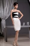 Elegant Sleeveless Zip up Knee Length Beading Party Dresses