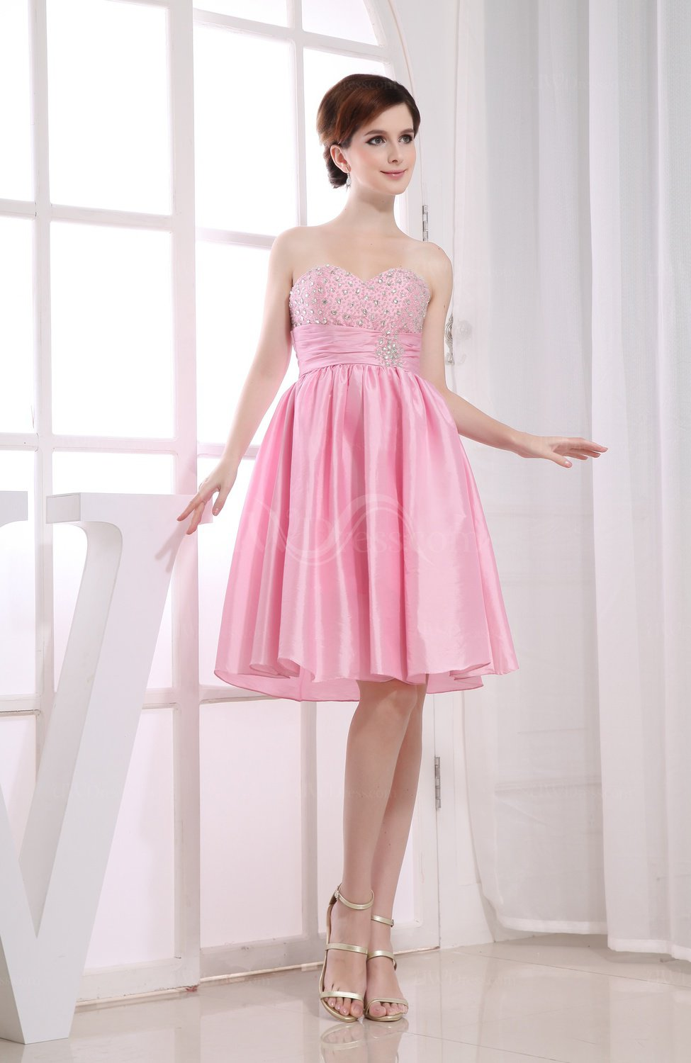 2d0c932257c8 Baby Pink Casual Sleeveless Taffeta Knee Length Sequin Homecoming Dresses  (Style D39753)