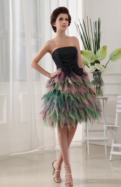 91429e8c3713 Black Cute A-line Sleeveless Satin Tiered Graduation Dresses
